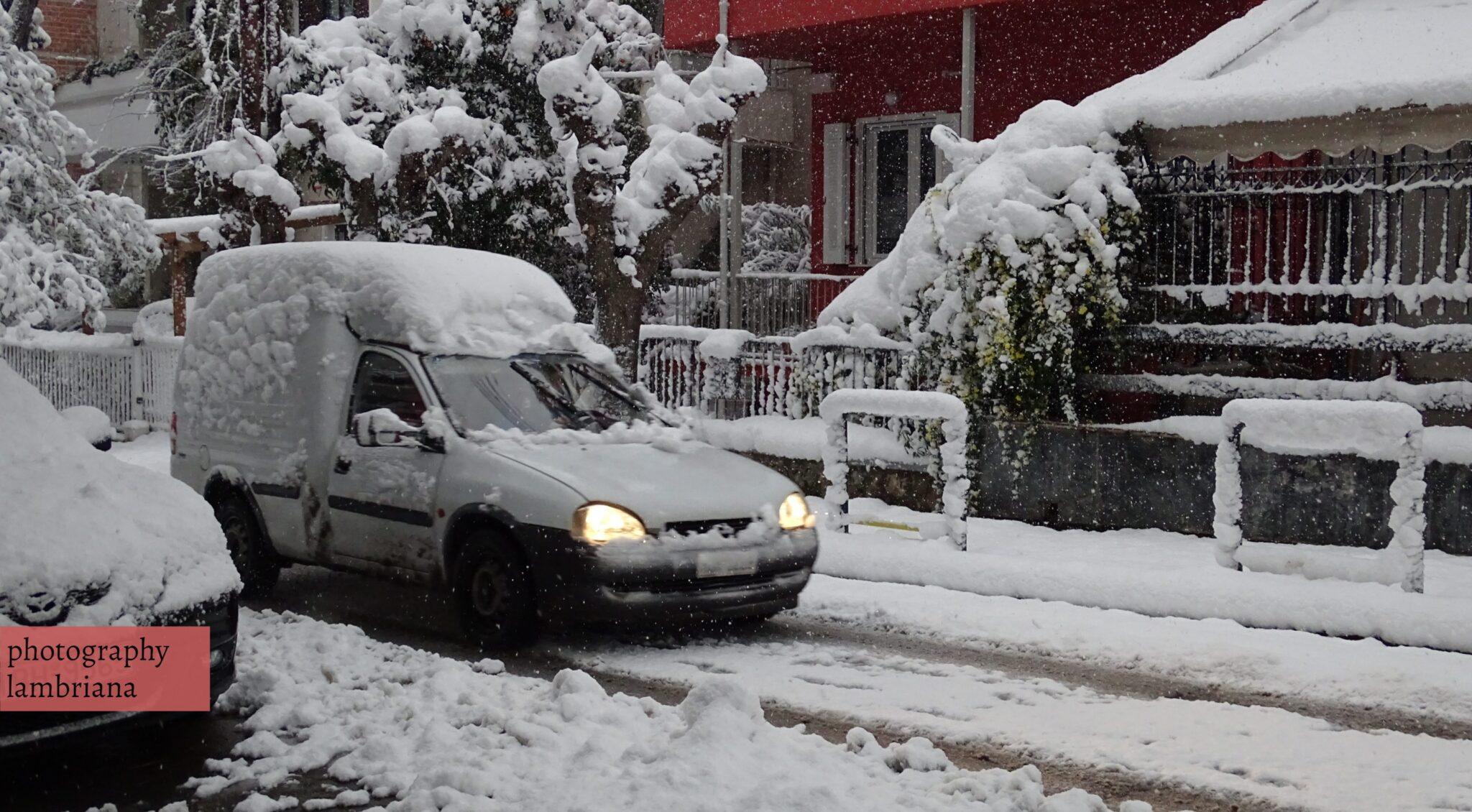 Χολαργός χιόνι1